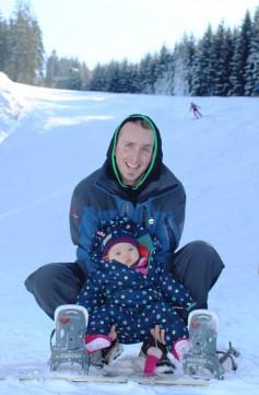 S tátou už i snowboarduju!