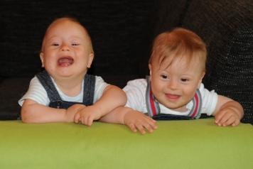 Rádi mají vodu a blbnutí se staršíma bráchama -) (2)